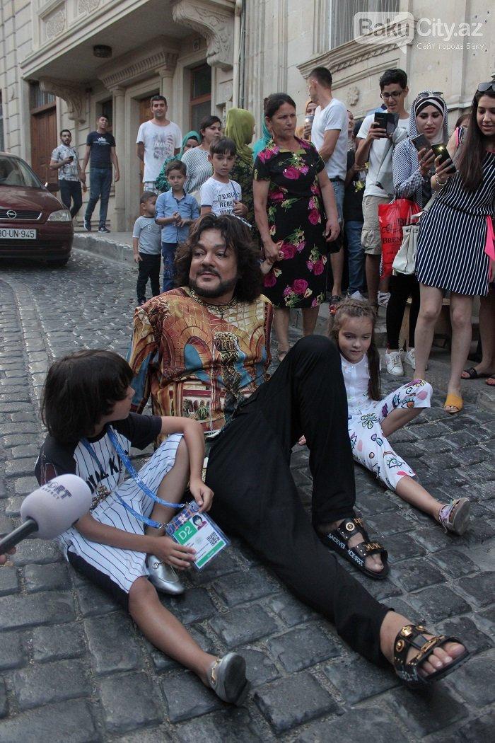 Flipp Kirkorov uşaqları ilə birlikdə İçərişəhəri gəzdi – FOTO, fotoşəkil-21