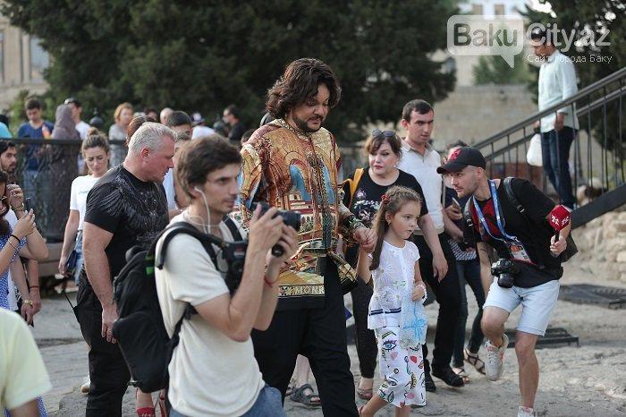 Flipp Kirkorov uşaqları ilə birlikdə İçərişəhəri gəzdi – FOTO, fotoşəkil-27