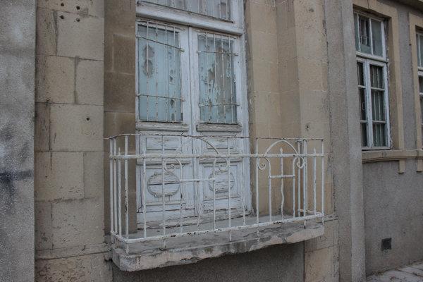 Bakıda Cəfər Cabbarlının ev muzeyi hələ də baxımsız vəziyyətdədir - FOTOLAR, fotoşəkil-8