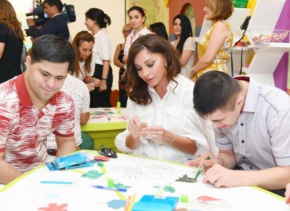Mehriban Əliyeva uşaq bağçalarının açılışlarında iştirak edib - FOTO, fotoşəkil-2