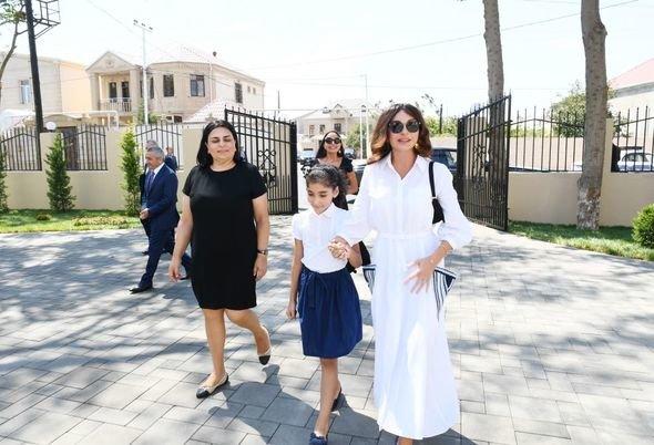Mehriban Əliyeva uşaq bağçalarının açılışlarında iştirak edib - FOTO, fotoşəkil-4