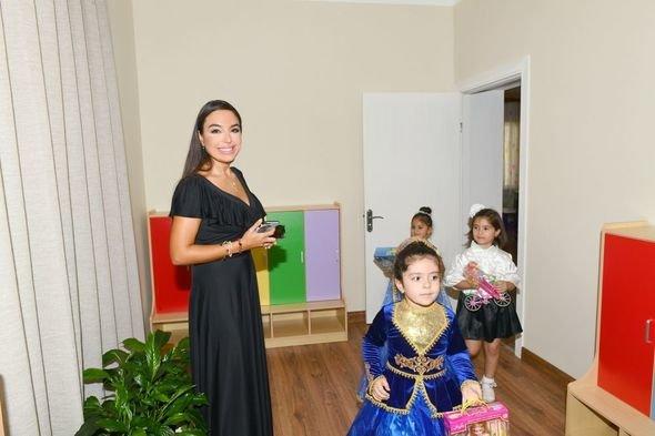 Mehriban Əliyeva uşaq bağçalarının açılışlarında iştirak edib - FOTO, fotoşəkil-12