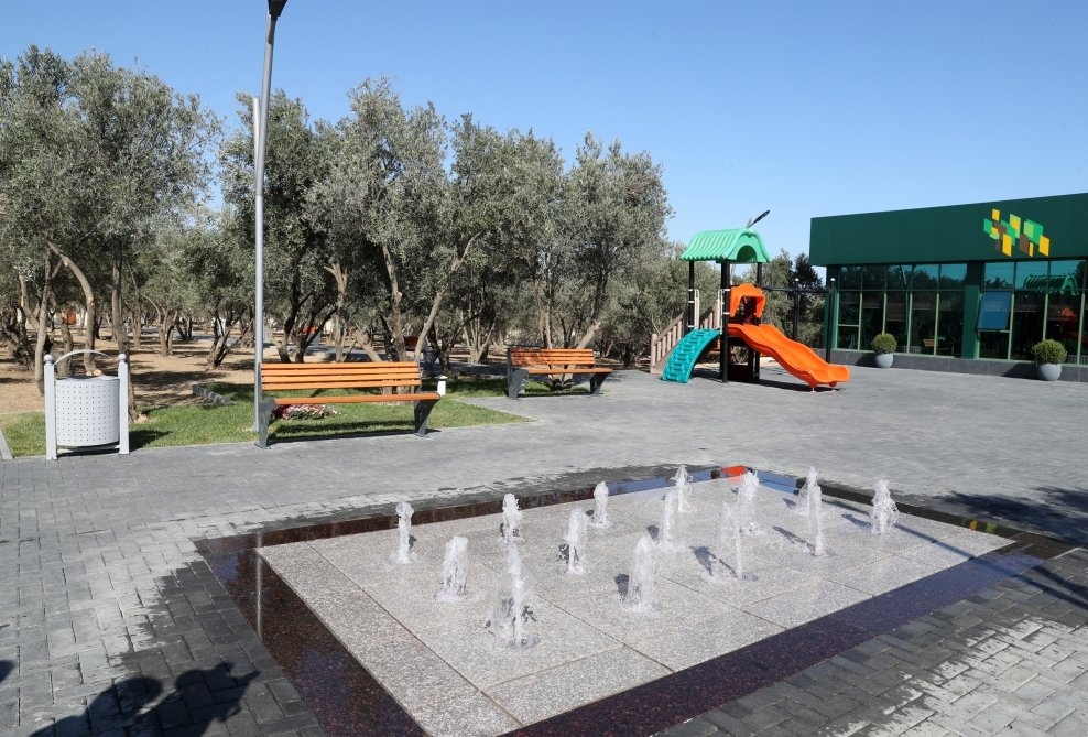 Mehriban Əliyeva Bakıda yeni yaradılan istirahət parkında - FOTO, fotoşəkil-5