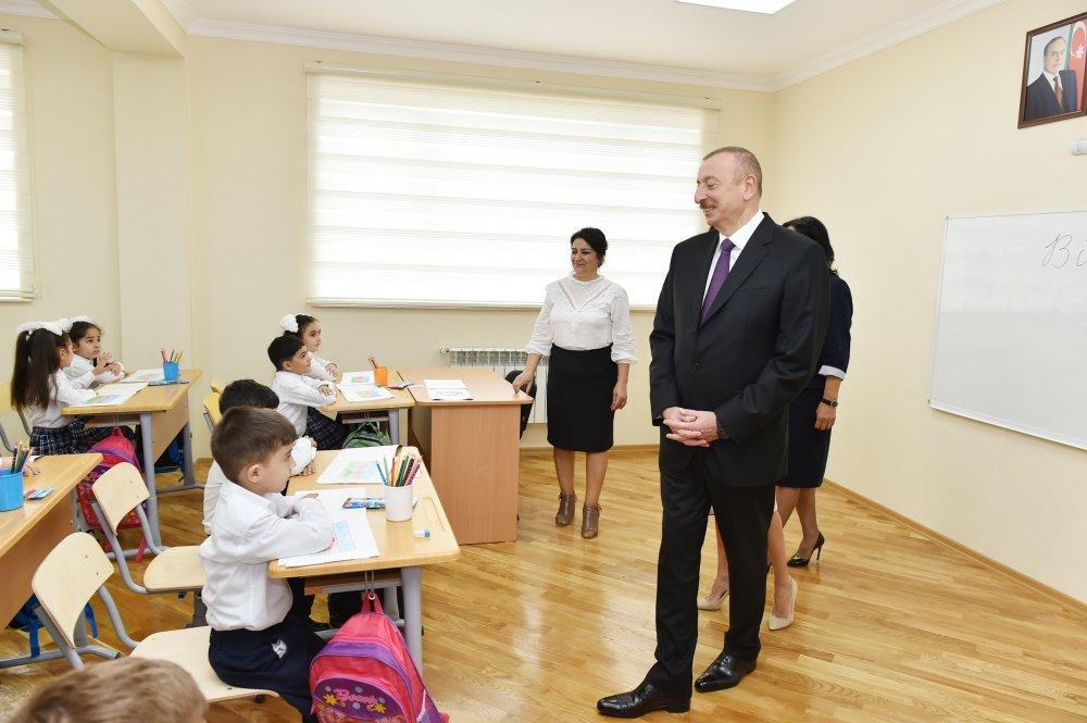 İlham Əliyev və Birinci xanım Bakıda açılışda - FOTO, fotoşəkil-8