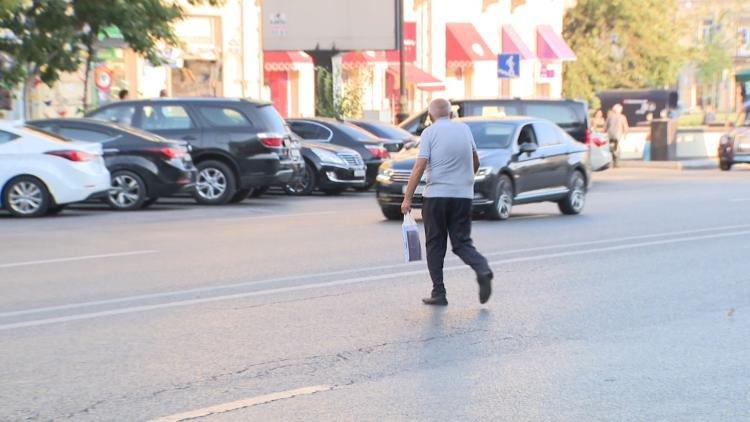 """Yol polisi Bakıda """"kamikadze piyadalara"""" qarşı mübarizəyə başladı - FOTO, fotoşəkil-11"""