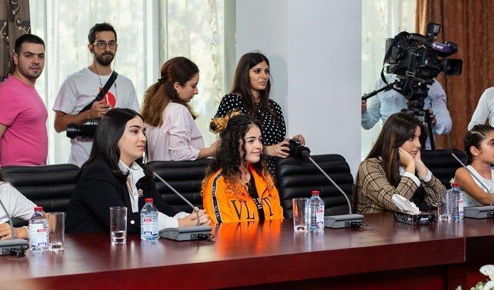 """Bakıda üçüncü """"Zima"""" beynəlxalq uşaq festivalı keçiriləcək - FOTO, fotoşəkil-42"""