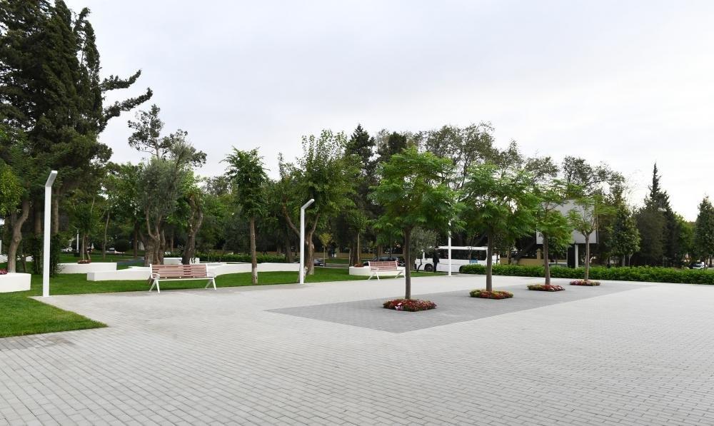 İlham Əliyev və Birinci xanım Bakıda parkda - FOTO, fotoşəkil-17