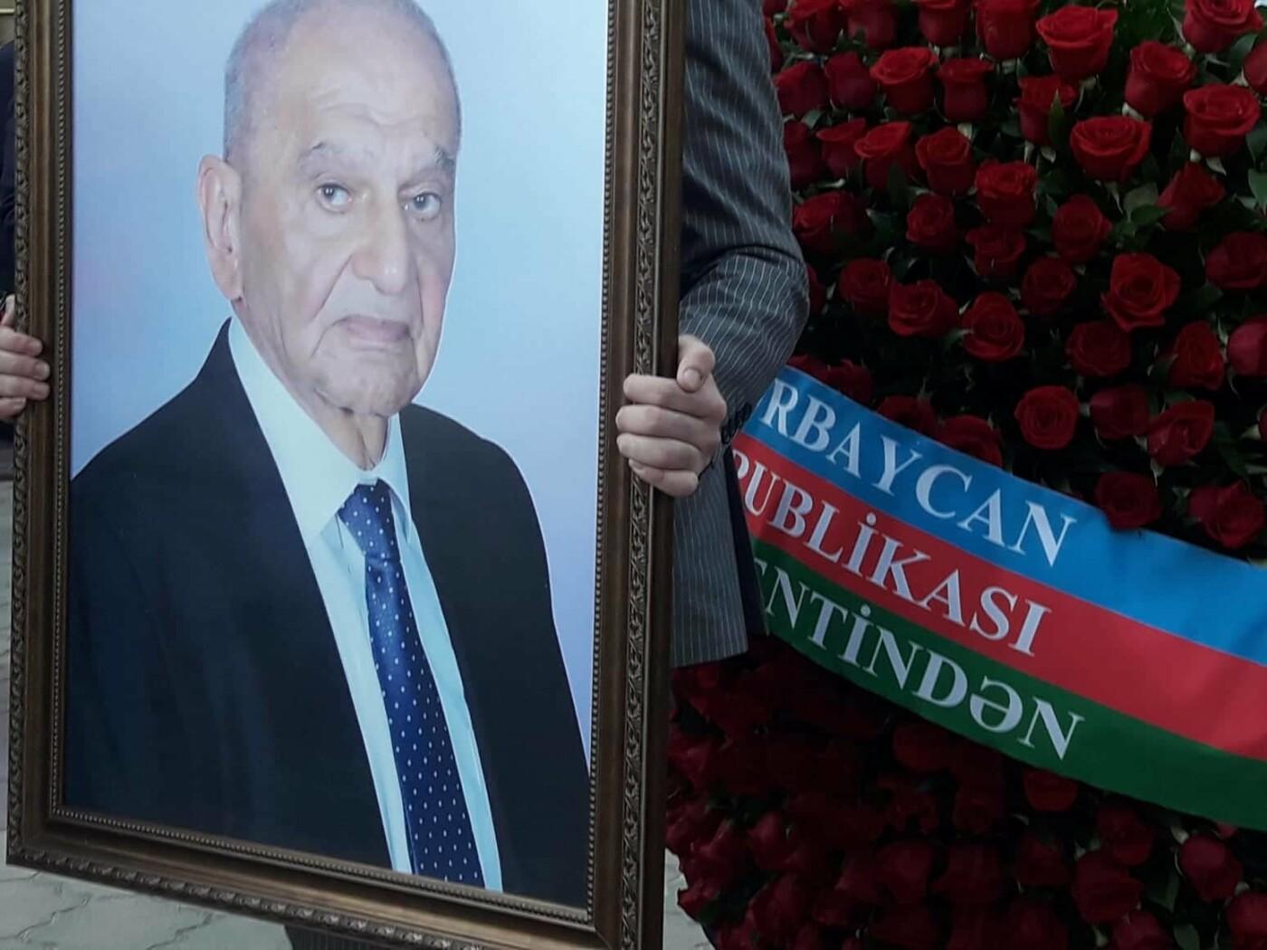 Bakıda akademik Vasim Məmmədəliyevlə vida mərasimi - FOTO, fotoşəkil-6