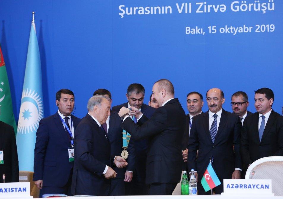 Bakıda Nazarbayevə orden verildi - FOTO, fotoşəkil-1