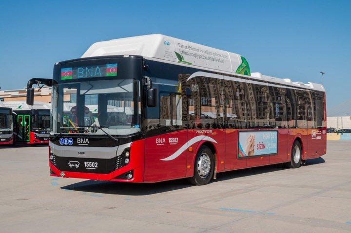 Bakıya 12 metrlik avtobuslar gətirildi - FOTO, fotoşəkil-1