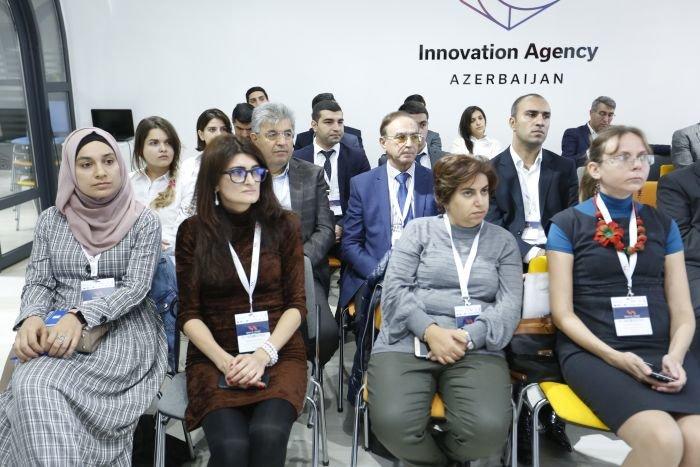 Bakı Elektron Ticarət Forumu davam edir - FOTO, fotoşəkil-3