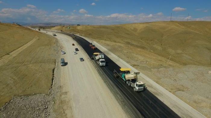 Bakı-Şamaxı yolunun genişləndirilməsi işləri yekunlaşır - FOTO, fotoşəkil-16