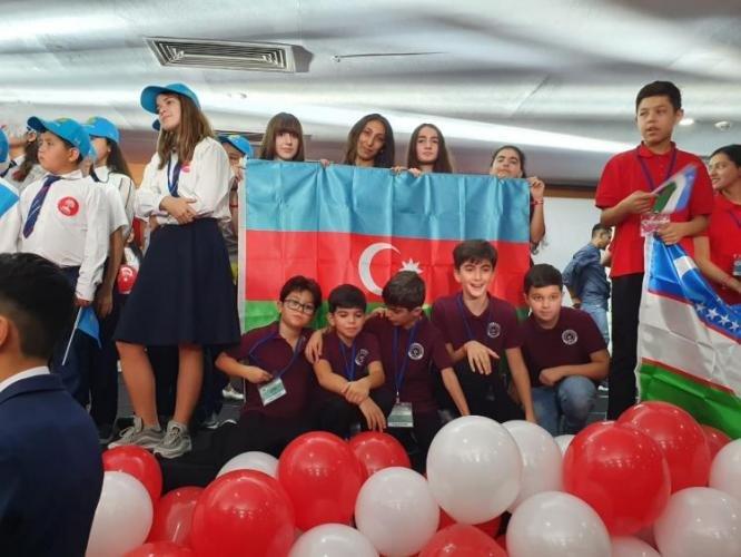 Bakı məktəbliləri beynəlxalq olimpiadada uğur qazandılar - FOTO, fotoşəkil-1