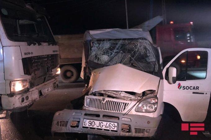 """Bakıda """"KamAZ"""" SOCAR-ın """"QAZel""""ini sürüdü, sürücünün oğlu öldü - FOTO + VİDEO, fotoşəkil-1"""