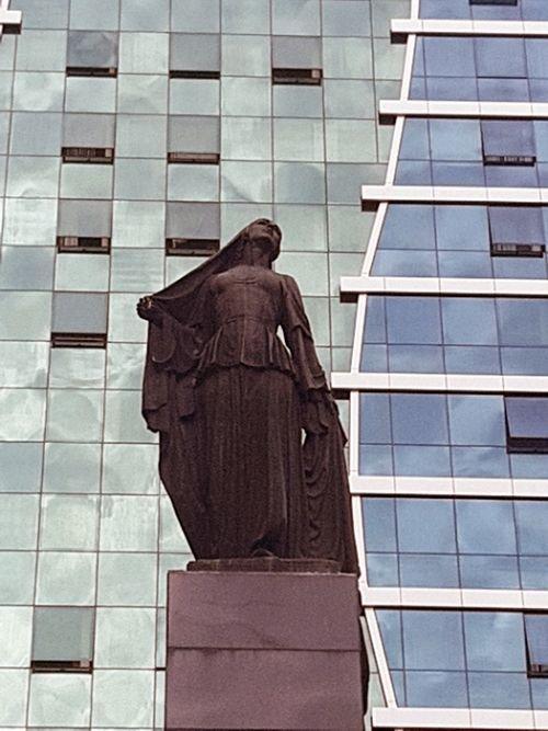 """""""Azad qadın"""" heykəlinin tarixçəsi: yubiley abidəsi, heykəltəraşın tamamlanmamış işi - FOTO, fotoşəkil-8"""