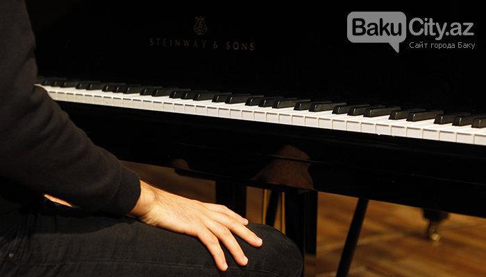 """Məşhur pianoçu Peter Bens Bakıda: """"Azərbaycan mətbəxindən çox xoşum gəlir"""" - FOTO + VİDEO, fotoşəkil-2"""
