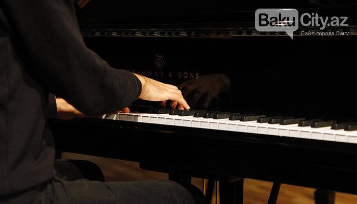 """Məşhur pianoçu Peter Bens Bakıda: """"Azərbaycan mətbəxindən çox xoşum gəlir"""" - FOTO + VİDEO, fotoşəkil-3"""