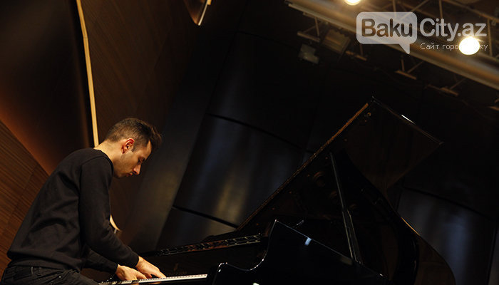 """Məşhur pianoçu Peter Bens Bakıda: """"Azərbaycan mətbəxindən çox xoşum gəlir"""" - FOTO + VİDEO, fotoşəkil-6"""