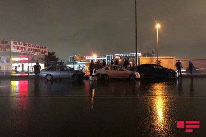 Bakıda 7 avtomobil bir-birinə dəydi: yaralılar var - FOTO + VİDEO, fotoşəkil-8
