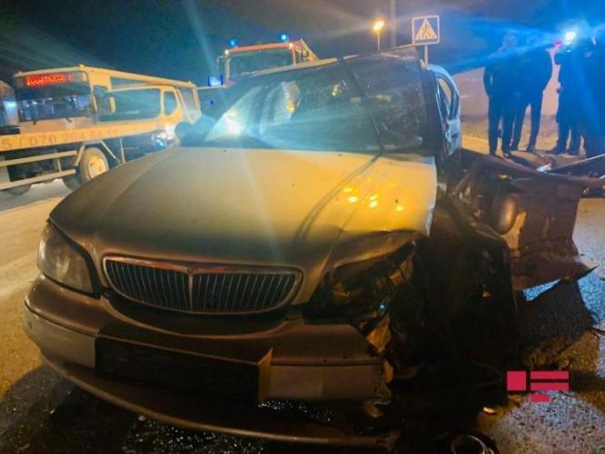 Bakıda qadın sürücünün səhvi: 4 avtomobil toqquşdu - FOTO + VİDEO, fotoşəkil-5