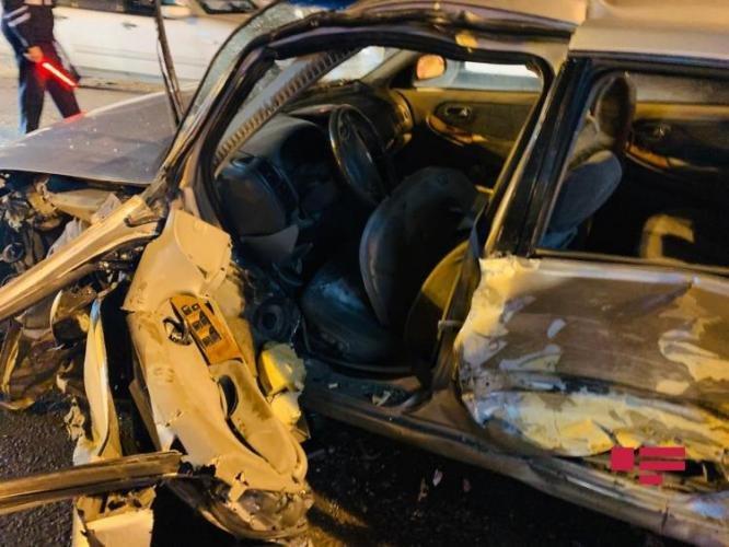 Bakıda qadın sürücünün səhvi: 4 avtomobil toqquşdu - FOTO + VİDEO, fotoşəkil-7