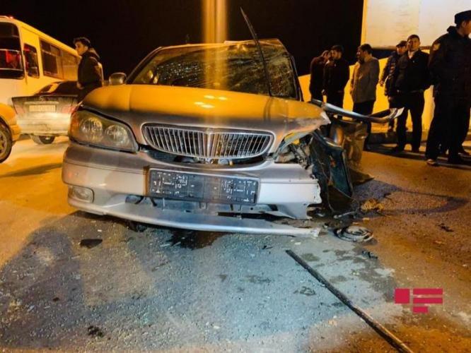 Bakıda qadın sürücünün səhvi: 4 avtomobil toqquşdu - FOTO + VİDEO, fotoşəkil-8