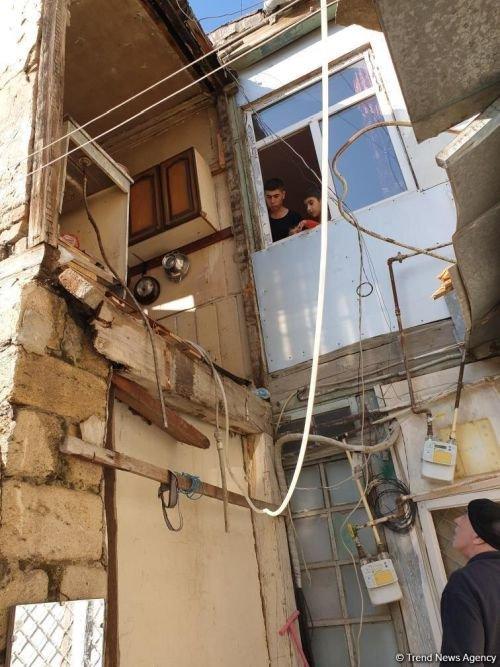Bakıda daha bir ev dağıldı - FOTO, fotoşəkil-3
