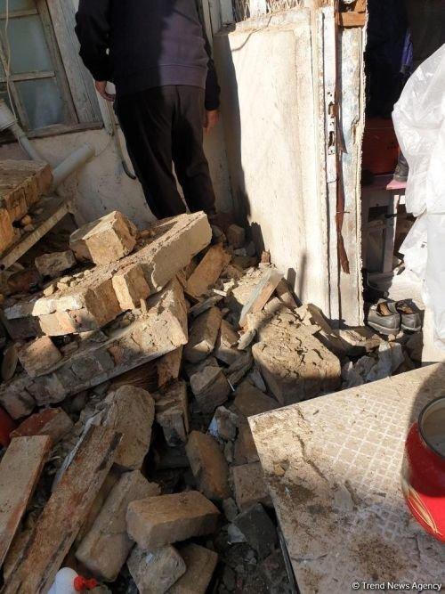 Bakıda daha bir ev dağıldı - FOTO, fotoşəkil-1