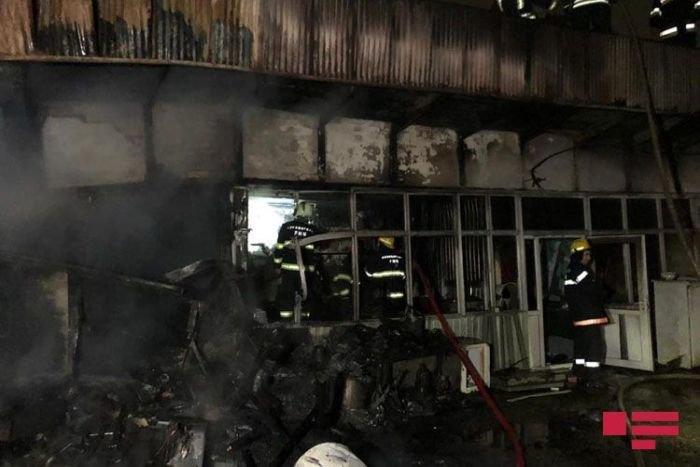 Bakıda bazarda güclü yanğın - FOTO + VİDEO, fotoşəkil-3
