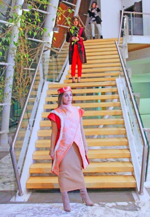 Gülnarə Xəlilovanın kəlağayıdan ibarət geyim kolleksiyasının təqdimatı - FOTO, fotoşəkil-16