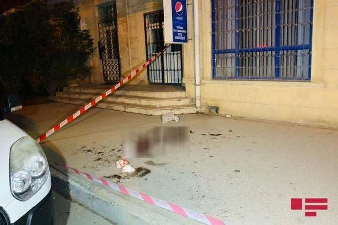 Bakıda gənc özündən 7 yaş böyük sevgilisini küçədə öldürdü - YENİLƏNİB + VİDEO, fotoşəkil-1