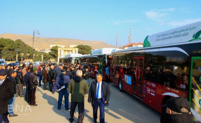 Bakıda 12 metrlik avtobuslar sabahdan istifadəyə verilir - FOTO, fotoşəkil-3