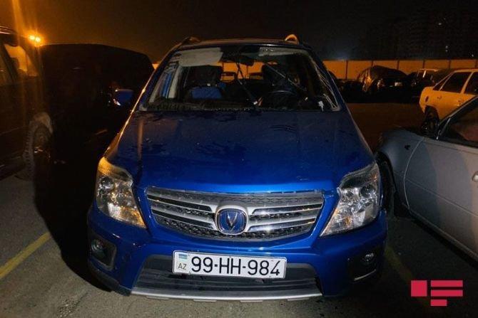 Bakıda qadın sürücü avtomobilini səfirlik maşınının üstünə aşırdı - FOTO, fotoşəkil-3