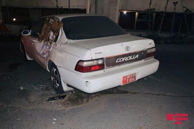 Bakıda qadın sürücü avtomobilini səfirlik maşınının üstünə aşırdı - FOTO, fotoşəkil-5