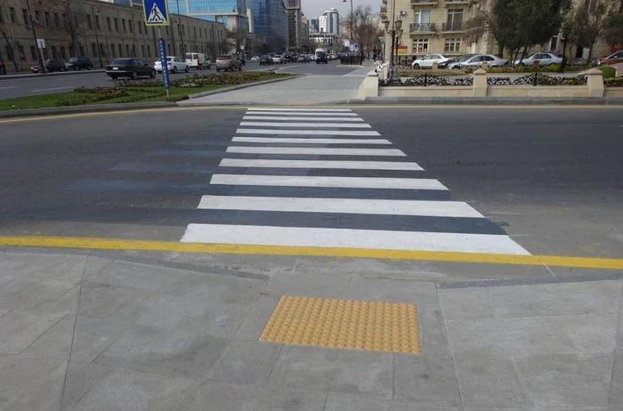 Bakıda səkilər boyunca taktil döşəmələri artır - FOTO, fotoşəkil-8