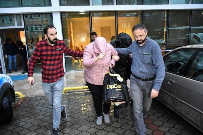 """Bakıdan """"Qara cümə"""" üçün Türkiyəyə getdilər, oğurluğa görə saxlanıldılar - VİDEO, fotoşəkil-1"""