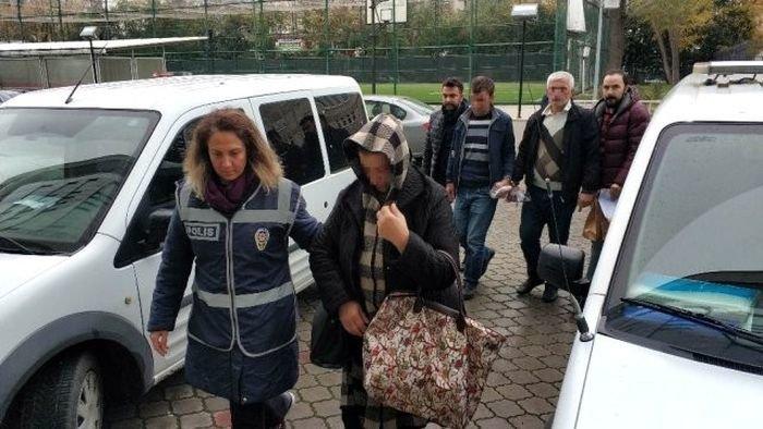 """Bakıdan """"Qara cümə"""" üçün Türkiyəyə getdilər, oğurluğa görə saxlanıldılar - VİDEO, fotoşəkil-2"""