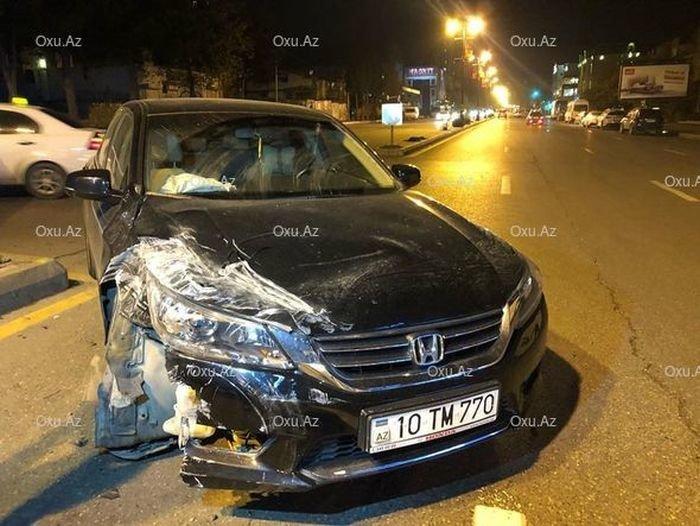 Arxadan gələn maşına yol vermədi: ana və uşağı yaralandı - VİDEO, fotoşəkil-2