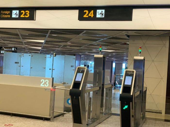 Bakı aeroportunda elektron qapılar quraşdırıldı - FOTO, fotoşəkil-2