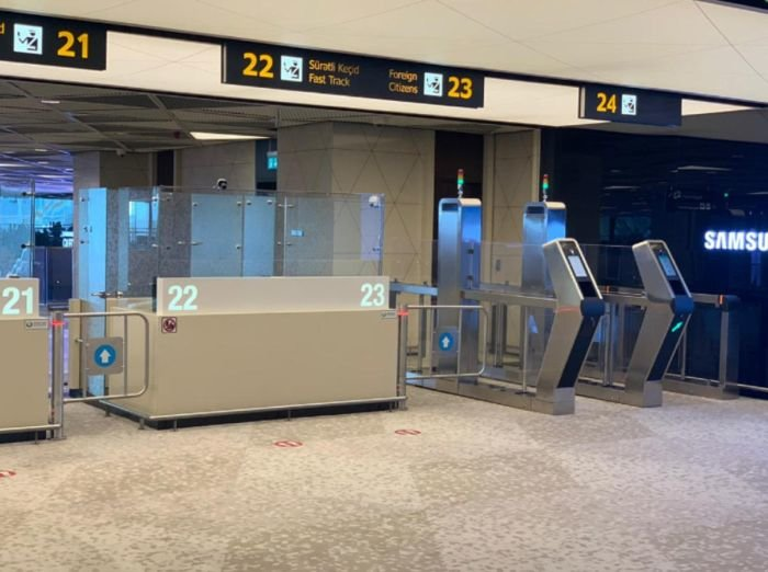 Bakı aeroportunda elektron qapılar quraşdırıldı - FOTO, fotoşəkil-3