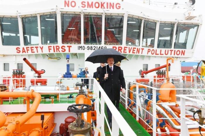 Bakı gəmiqayırma zavodunda inşa olunmuş ilk tanker istismara verildi - FOTO, fotoşəkil-4