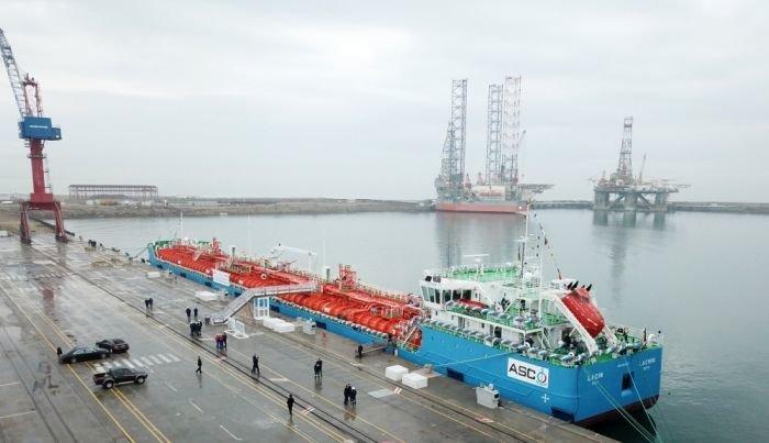 Bakı gəmiqayırma zavodunda inşa olunmuş ilk tanker istismara verildi - FOTO, fotoşəkil-8
