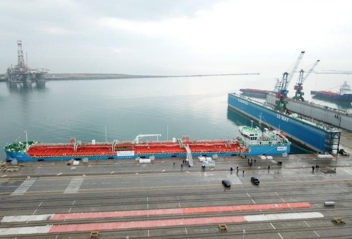 Bakı gəmiqayırma zavodunda inşa olunmuş ilk tanker istismara verildi - FOTO, fotoşəkil-7