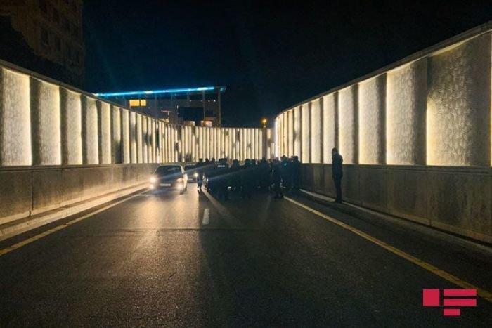 Atatürk prospektindəki tuneldə ağır qəza - FOTO + VİDEO, fotoşəkil-5