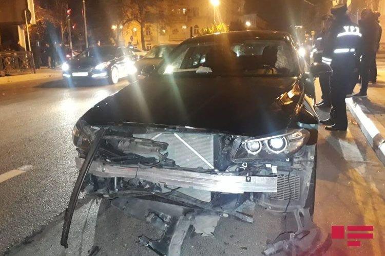 Bakıda 3 avtomobil toqquşdu: yaralı var - FOTO + VİDEO, fotoşəkil-4