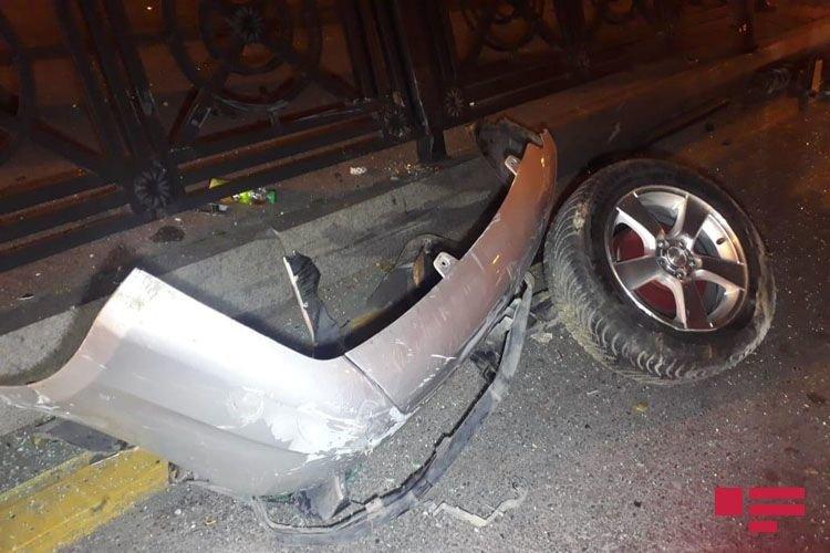 Bakıda 3 avtomobil toqquşdu: yaralı var - FOTO + VİDEO, fotoşəkil-7