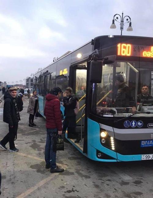 Bakıda 12 metrlik avtobuslar xəttə buraxıldı - FOTO, fotoşəkil-3