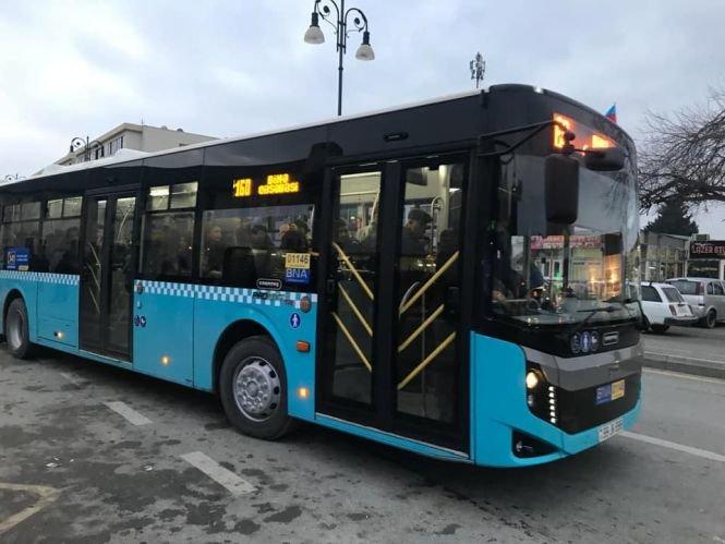Bakıda 12 metrlik avtobuslar xəttə buraxıldı - FOTO, fotoşəkil-4