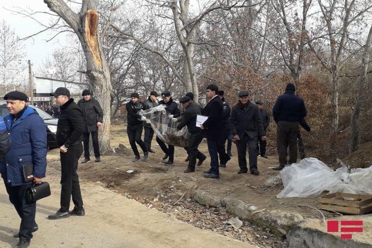 10 yaşlı qızın yanmış meyiti atıldığı ərazidən götürüldü - FOTO, fotoşəkil-5