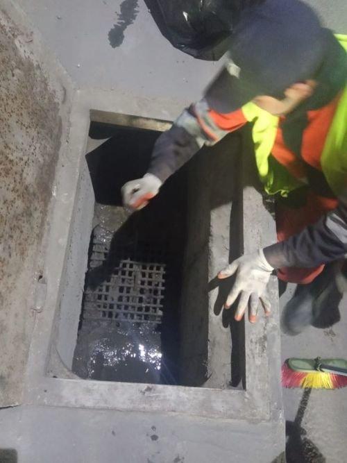 Bakının tunel və keçidlərdə təmizlik işləri - FOTO, fotoşəkil-17